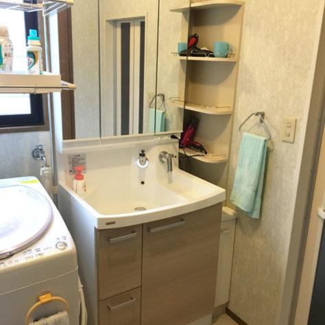 水ハネ・水タレ防止! 使いやすい洗面化粧台に交換