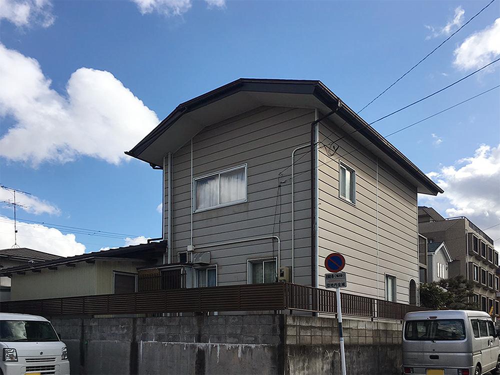 泉区T邸 外壁塗装・外装リフォーム 78万円/工期14日間 施工前