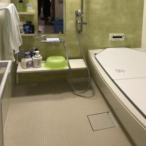 古い浴室を改修🛁 色合いも変わり使いやすいお風呂へ変身!