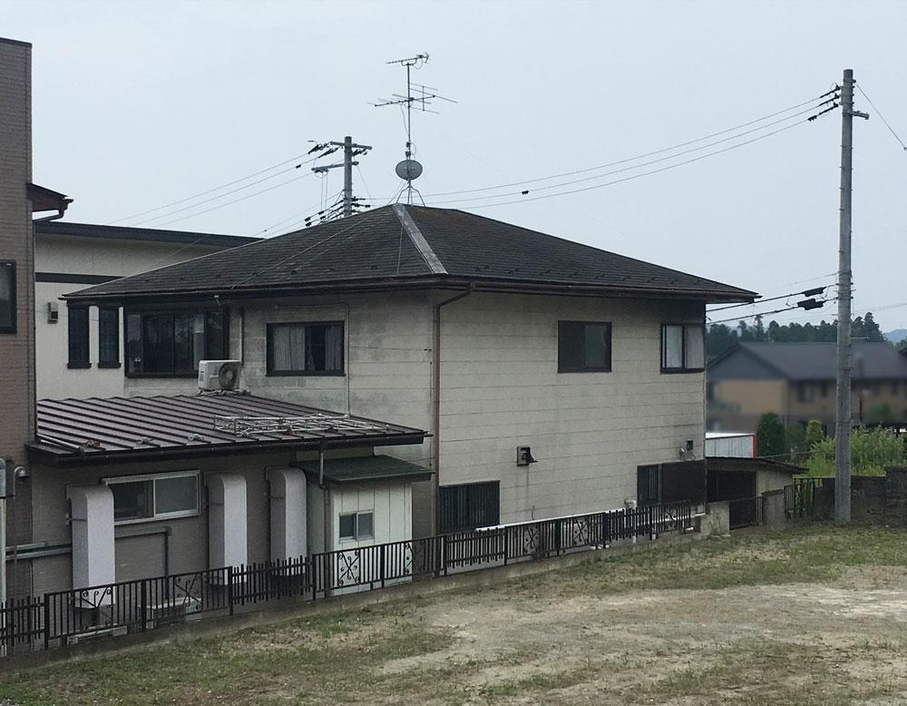 泉区T邸 屋根リフォーム 100万円/工期12日間 施工前