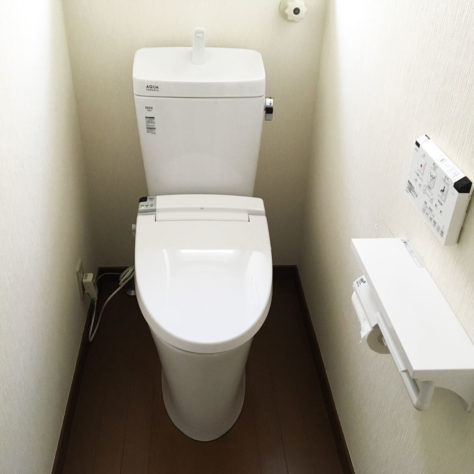 トイレを2台交換して見違え! 交換工事🚽