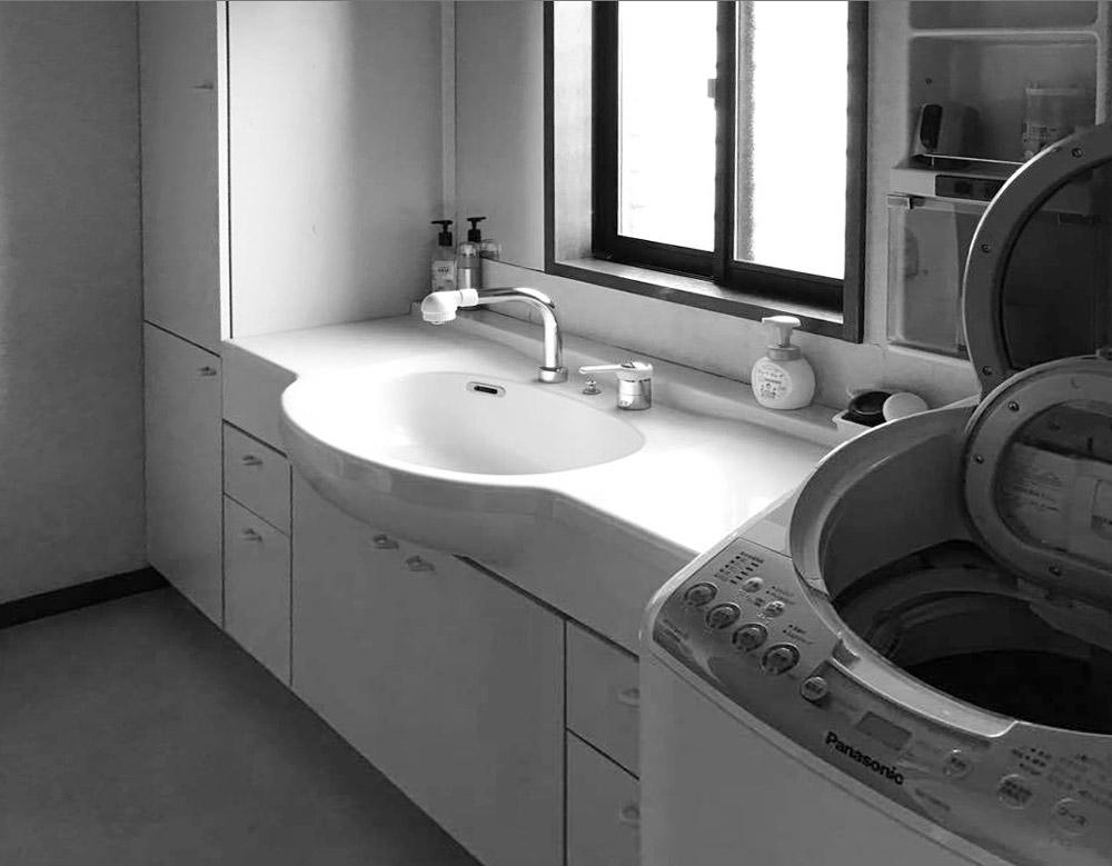 泉区F邸 洗面化粧台リフォーム 100万円台前半/工期3日間 施工前