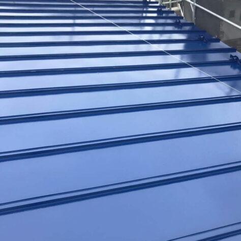 屋根のサビもきれいになり大満足!塗装工事🏡
