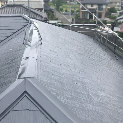 目立つ錆をきれいに!屋根塗装リフォーム