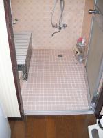 Y邸浴室前